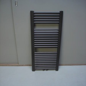 Paneelradiator 30 cm breed huishoudelijke apparaten voor for Ladenblok 30 cm breed